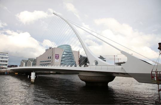 Мост Калатравы в Дублине